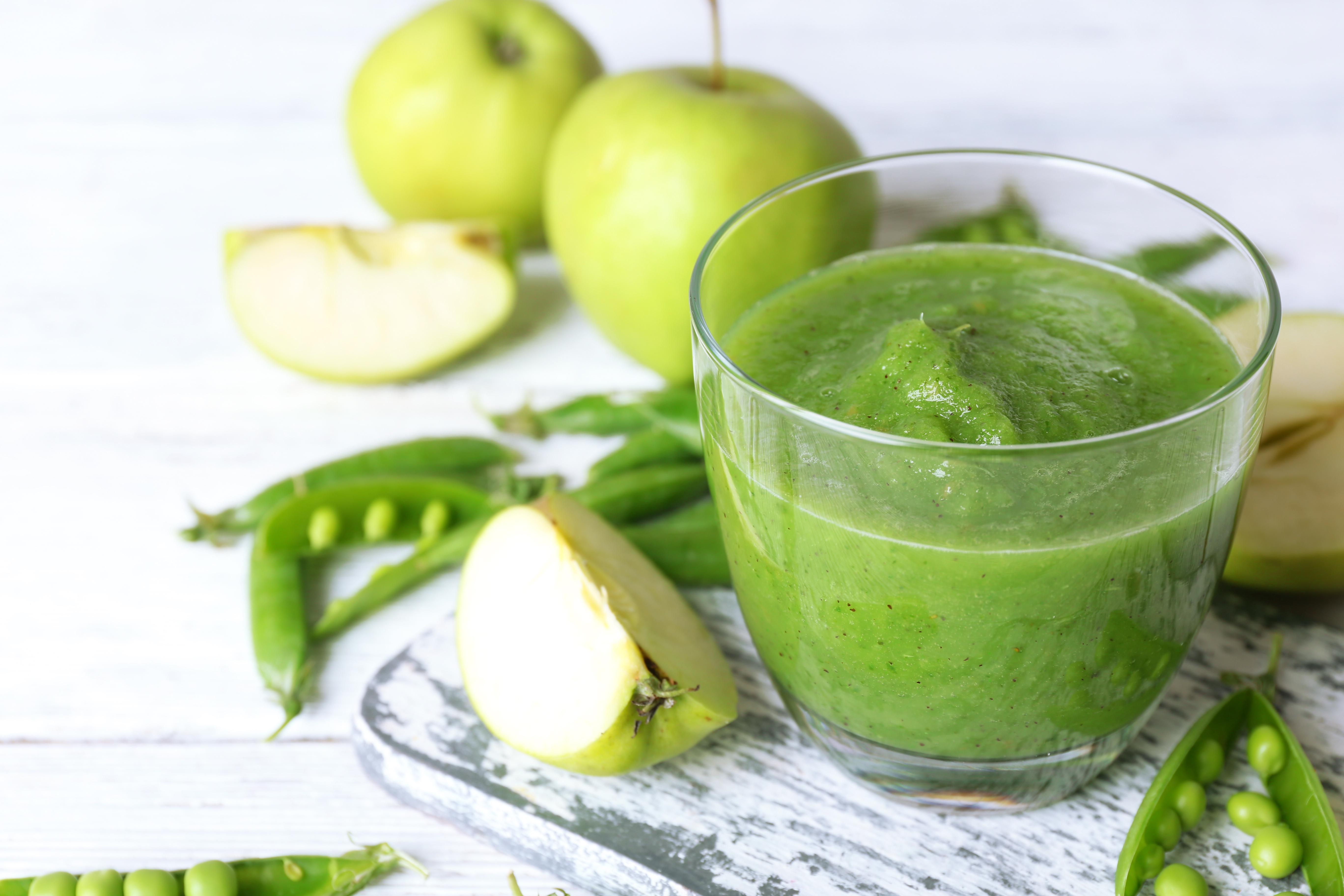 Smootie vert et pommes vertes.